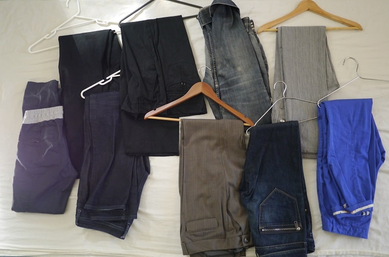 Trousers decluttering