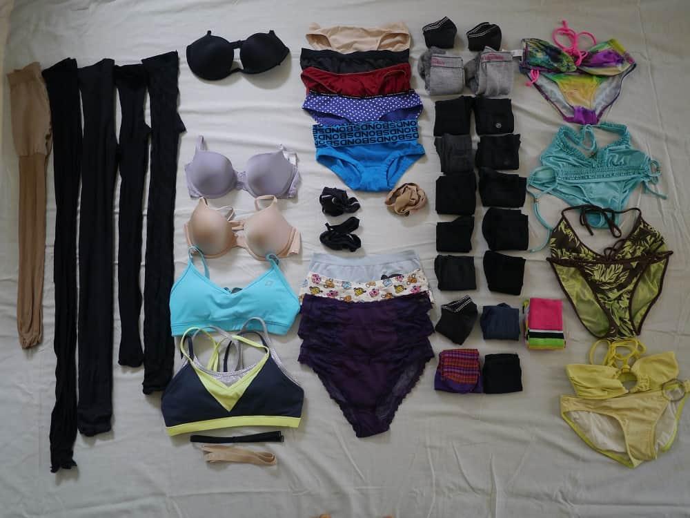 Underwear Cull Wardrobe Minimalism October 2015