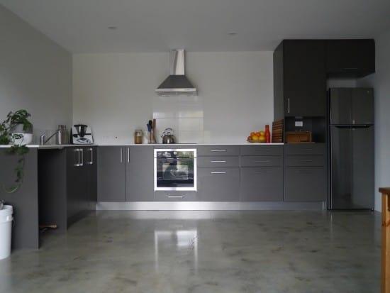 kitchen-pana-hoarder-minimalist-treading-my-own-path