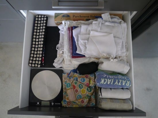reusables-drawer-hoarder-minimalist-treading-my-own-path
