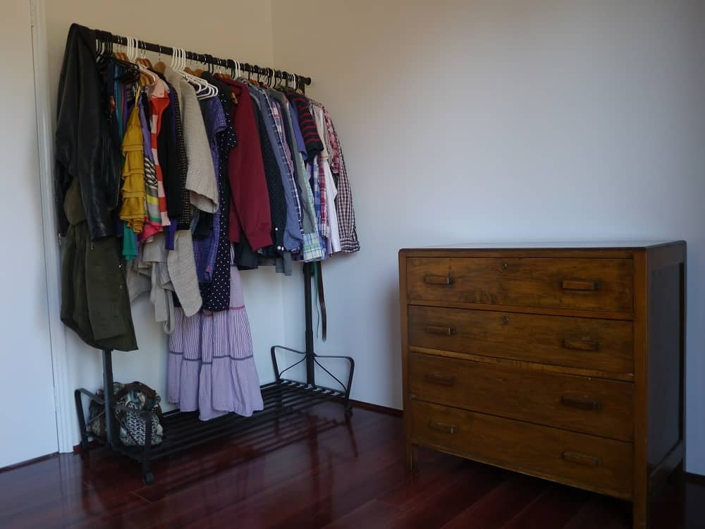 bedroom-wardrobe-chest-of-drawers-hoarder-minimalist-treading-my-own-path