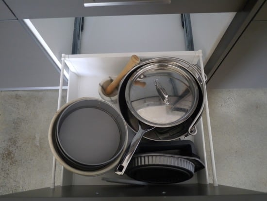 bowls-and-bakeware-hoarder-minimalist-treading-my-own-path