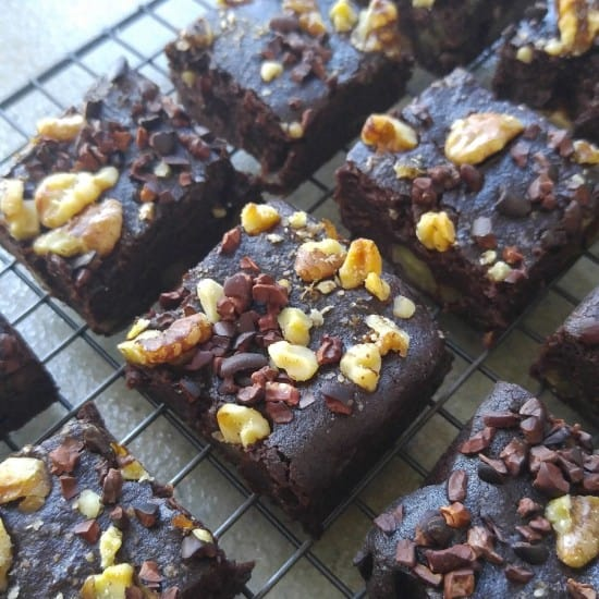 vegan-almond-pulp-aquafaba-brownies-treading-my-own-path