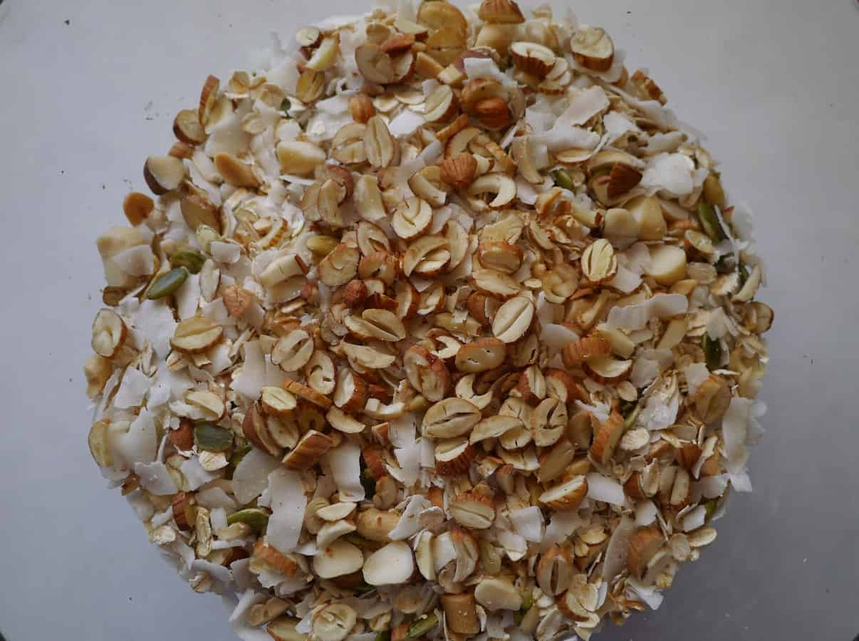 Make your own: plastic-free, sugar-free muesli