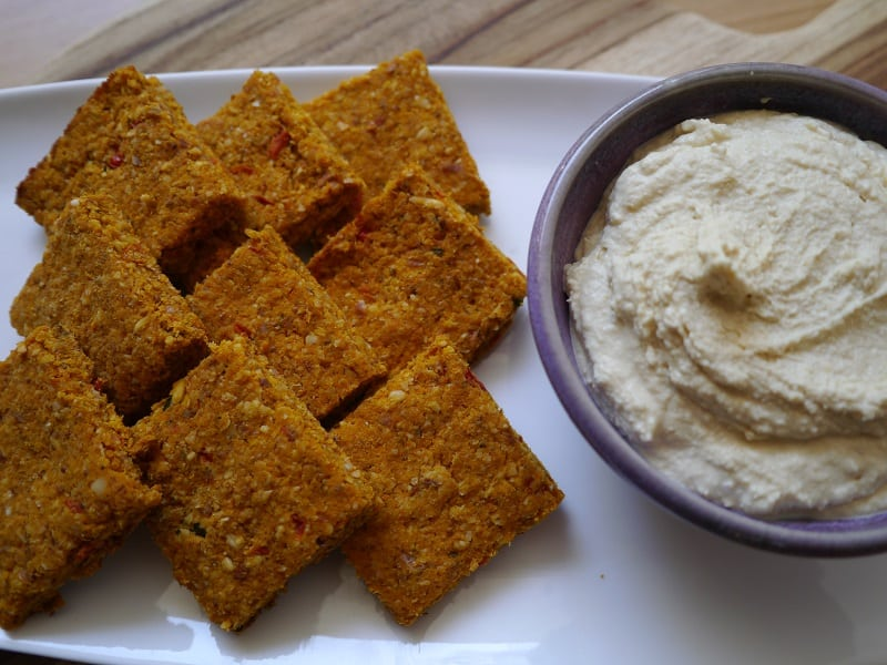 Carrot pulp crackers and hummus