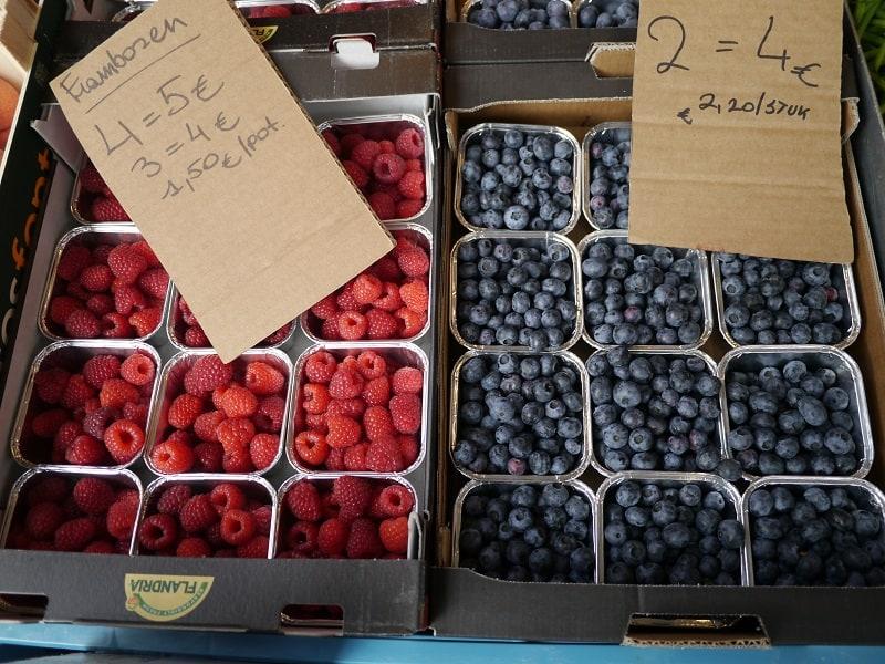 Blueberries and Raspberries in Metal Aluminium punnets