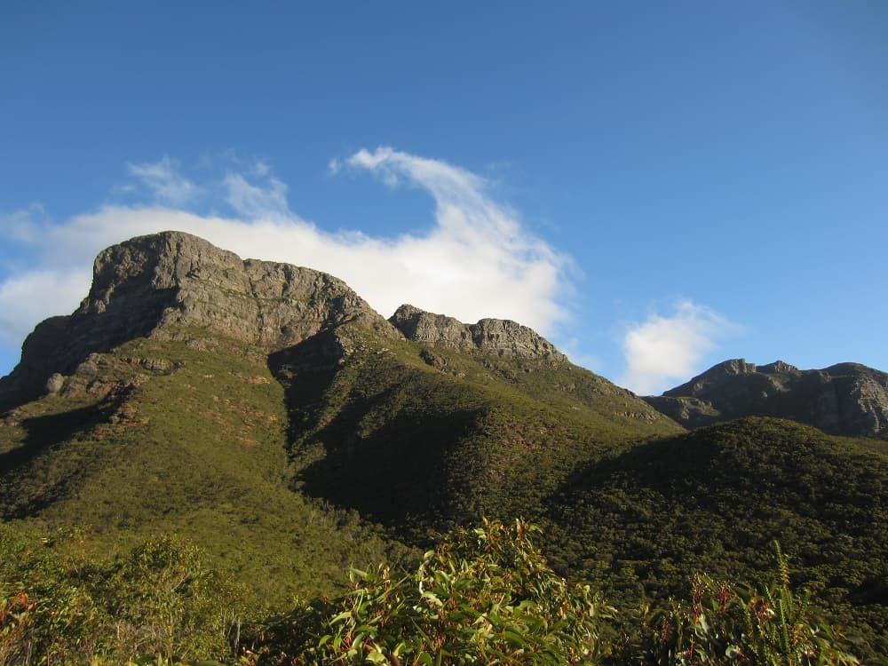 Bluff Knoll peaks WA
