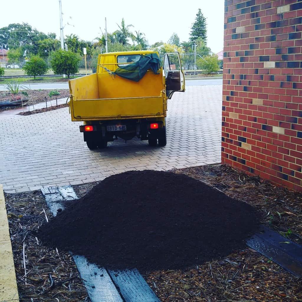Plastic Free Zero Waste Bulk Soil Delivery Treading My Own Path